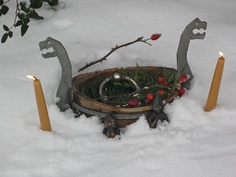 Winter Oath    Blessing bowl, oathring and figures of Thor and Frey.