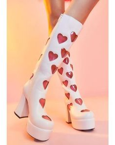 Dr Shoes, Me Too Shoes, Pretty Shoes, Cute Shoes, Thigh High Boots, Over The Knee Boots, Look Fashion, Fashion Shoes, Funky Shoes