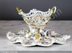 MEISSEN GRAND SURTOUT DE TABLE sold by Brissonneau, Paris, on Thursday, June 09, 2011