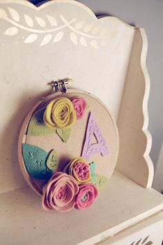 embroideri hoop, person letter, embroidery hoop art, craft letter ideas, letter monogram, monogram embroideri, embroidery hoops, felt flowers, kid