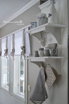 RUUTUOVEN TAKAA : helmikuu 2014 Nordic Interior, Interior Styling, Cocinas Kitchen, Pinterest Home, Kitchen Living, Small Living, My Dream Home, Home Improvement, Sweet Home