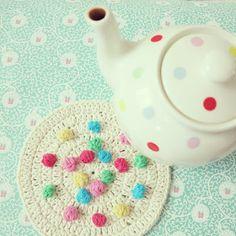 ByHaafner, dots, crochet, bobble stitch, hot pad, Cath Kidston teapot, white & colours