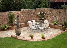33 New Ideas Brick Patio Wall Water Features Brick Wall Gardens, Brick Garden, Patio Design, Garden Design, Cottage Garden Patio, Brick Feature Wall, Patio Wall, Walled Garden, Brick Patios