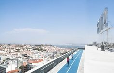 How to Spend a Perfect Weekend in Europe's New Coolest Capital | Via Bloomberg | 18/01/2017 If everyone you know is thinking about going to Lisbon, there's plenty of reason for that. Its meteoric rise as a culture capital is just one part of the appeal. The city is also undergoing a luxury hotel boom, and the food scene is hot, hot, hot. But all that is amplified by Lisbon's ease of access: It's the closest European hub for Americans...from within the Continent as well. #Portugal