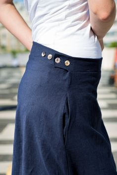 Long linen skirt. An effortless wardrobe essential. This skirt has adjustable waist buttons for your slim and not so slim days. We also added some inseam pockets to round of this one of a kind ankle length skirt. Linen clothing. Long skirt. Flax fiber. Classical dress. Navy blue. Pockets. Flax Fiber, Ankle Length Skirt, Linen Skirt, Out Of Style, Clothing Items, Going Out, Take That, Navy Blue, Buttons