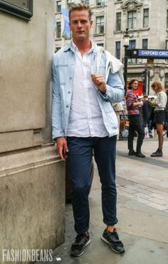 Dan, Photographed in London - Click Photo To See More