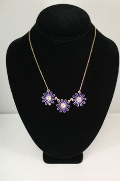 Cassidy Trio Flower Necklace – Moon Child Boutique