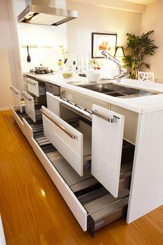 アルバガーデン マンションギャラリー熊本 3階 キッチン収納オープン