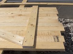 schuppent r bauen selbst bauen t r pinterest brennholz selbst bauen und t ren. Black Bedroom Furniture Sets. Home Design Ideas