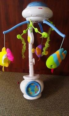 Fisher Price Ocean Wonder Projection Mobile with Remote $30