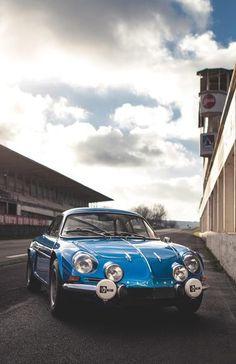Alpine Renault Berlinette A110 photo editor online http://photo-sharpen.com
