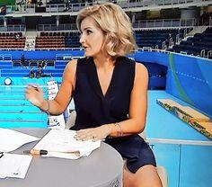 Helen Skelton looking lovely in short skirt!