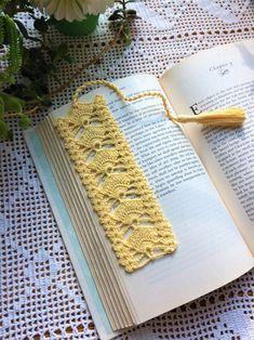 Marque-pages Au Crochet, Crochet Borders, Crochet Trim, Crochet Gifts, Crochet Doilies, Hand Crochet, Crochet Patterns, Crochet Sunflower, Crochet Leaves