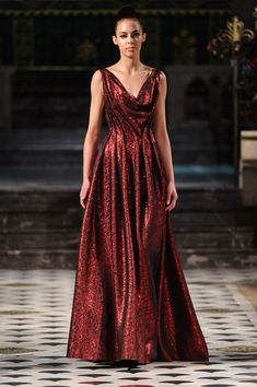 Eymeric François Fall 2016 Runway Pictures - Eymeric François at Couture Fall 2016 – Runway Photos - Pretty Outfits, Pretty Dresses, Beautiful Outfits, Beautiful Long Dresses, Couture Fashion, Runway Fashion, London Fashion, Evening Dresses, Prom Dresses