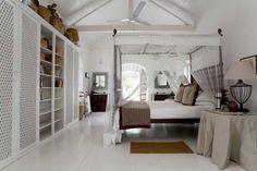 white  color full wall wardrobe  wardrobe kapıları full ayna da olabilir