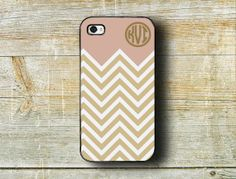 Monogrammed iPhone case 4 case - Soft pinkey purple, golden chevron - Personalized Iphone 5 cover 4s plastic (9875)