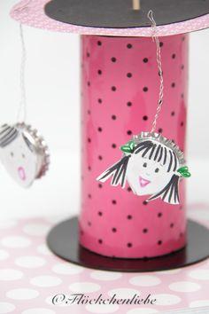 Bunt, Diy, Home Decor, Bottle Caps, Cardboard Paper, Funny Stuff, Necklaces, Repurpose, Gifts