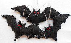Sparkly  Felt Vampire Bats!