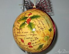 Decoupage Christmas Ornaments (I want to try make some ornaments look antique like this)