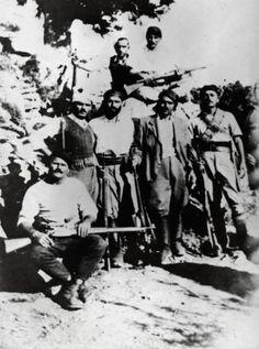 Greek guerilla fighters in Crete
