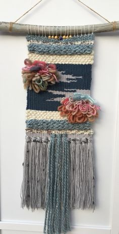 Hand woven tapestry with raya knots. – D Pugliese – weberei Weaving Textiles, Weaving Art, Tapestry Weaving, Loom Weaving, Hand Weaving, Weaving Wall Hanging, Weaving Projects, Loom Knitting, Free Knitting