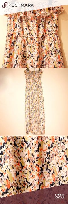 Tulle Printed Maxi Dress With Top Ruffle Beautiful floral print maxi dress. Super flattering. Excellent used condition Tulle Dresses