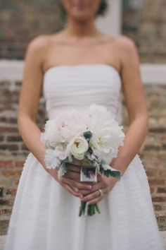 Bouquet Inspiration: Classic bouquet|Handmade Pink and Mint Wedding|Photo by: Amy & Jordan Photography on Glamour and Grace via Lover.ly Weddings