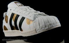 hot sale online 5f426 5bbef Adidas JS SUPERSTAR 80s RI Blanco   Negro Zapatillas Adidas, Superstars  Shoes, Adidas Superstar