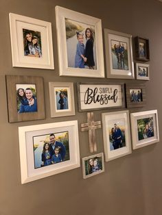 Hanging Family Pictures, Rustic Family Photos, Hallway Pictures, Family Wall Decor, Photo Wall Decor, Family Room Decorating, Room Wall Decor, Family Collage, Family Photo Collages