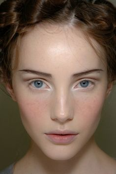 beleza-reinaldo-lourenco-blush.jpg 350×525 pixels
