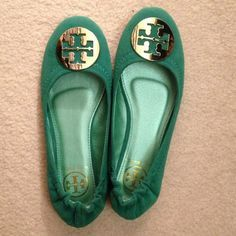 Just to buy the TORY BURCH shoes here, they are both extremely comfortable and extremely stylish.The most important is they are quality guaranteed but cheap