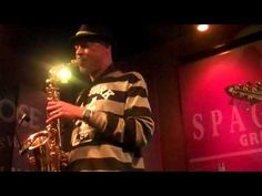 "▶ Tom Braxton - ""This Masquerade"".- Live @ Spaghettini's - YouTube"