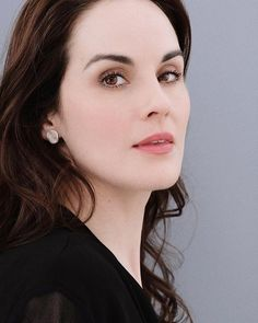 Michelle Dockery, Pearl Earrings, Photo And Video, Videos, Photos, Instagram, Jewelry, Fashion, Moda