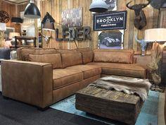 Bekijk de Aymee lounge hoekbank van Mokana Meubelen, leverbaar in stoer eco leder of trendy stoffen zoals Kiss of Ranch. In alle afmetingen mogelijk.