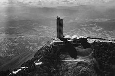 El Museo de Arte Moderno de Nueva York presenta la exposición América Latina en la construcción: Arquitectura 1955-1980: http://www.guiarte.com/noticias/moma-america-latina-arquitectura-2015.html