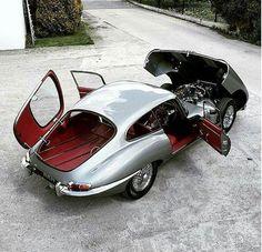 Jaguar – One Stop Classic Car News & Tips Classic Cars British, British Sports Cars, Classic Sports Cars, Jaguar E Type, Retro Cars, Vintage Cars, Jaguar Daimler, Roadster, Classic Motors