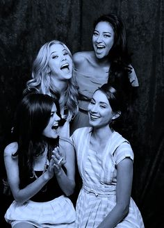 PLL !! lucy hale, ashley benson, shay mitchell, and troian bellisario !!! <3