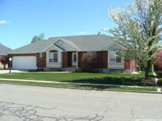 $315,000 Beautiful Rambler 5 bed 4 bath fully finished basement, 2nd kitchen, tons of storage, master w/ jetted tub separate shower, vaulted ceiling spacious Kitchen/great room, main flr laundry, lots of natural light and built in shelves, storage shed/green house w/power & water. MLS 1226217