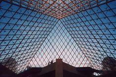 Pyramide du Louvre, interieur