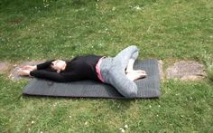 In Deinem Rücken entspringt der Muskel der Seele: der Psoas-Muskel Butterfly lying down The post The muscle of the soul arises in your back: the… Pilates Workout Routine, Pilates Training, Fitness Workouts, Yoga Fitness, Yoga Routine, Muscle Fitness, Fun Workouts, Iyengar Yoga, Ashtanga Yoga