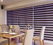 Afbeeldingsresultaat voor cortinas para sala modernas con botones Persiana Sheer Elegance, Blinds, Curtains, Home Decor, Modern Blinds, Dining Room, Trendy Tree, Colors, Decoration Home