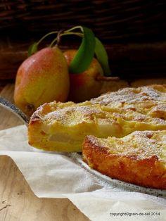 Saftiger Birnenkuchen mit Crème fraîche und Calvados