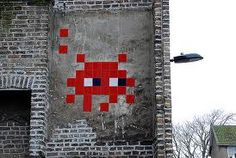 Street Artist - Street art - Invader