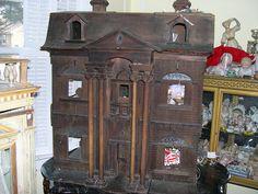 antique dollhouse from Pittsburgh. .....Rick Maccione-Dollhouse Builder www.dollhousemansions.com