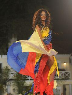 Traje de Fantasía Creado para Jessica Hernández, Quien representa a Venezuela en el Certamen de Miss Atlántico  Internacional..