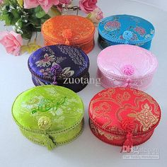 chinese fabric box | Silk Fabric Gift Boxes Wholesale Chinese Colorful Tassel Wrapping Box ...