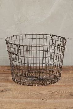 (S) Wire Potato Basket