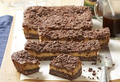 Try this eye-opening coffee slice to provide a much-needed energy boost to your afternoon tea. Everyone will love the blend of caramel, coffee and cocoa flavour. Baking Recipes, Cake Recipes, Dessert Recipes, Kitchen Recipes, No Bake Slices, Cake Slices, Chocolate Slice, Cafe Food, Something Sweet