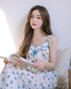 Ulzzang Korean Girl, Cute Korean Girl, Cute Asian Girls, Beautiful Asian Girls, Beautiful People, Korean Beauty, Asian Beauty, Cute Girl Face, Girl Korea