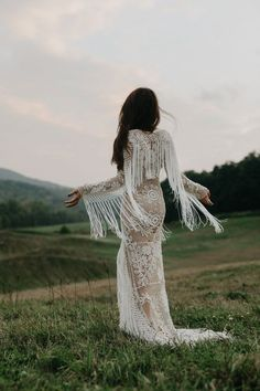 Boho weddings are super popular, and this trend is going to stay. If you are a boho bride, you may be looking for some inspiration, and what can be more inspiring than a beautiful boho wedding dress? Bohemian Bride, Bohemian Wedding Dresses, Chic Wedding, Wedding Styles, Bridal Dresses, Wedding Gowns, Dream Wedding, Bohemian Weddings, Forest Wedding